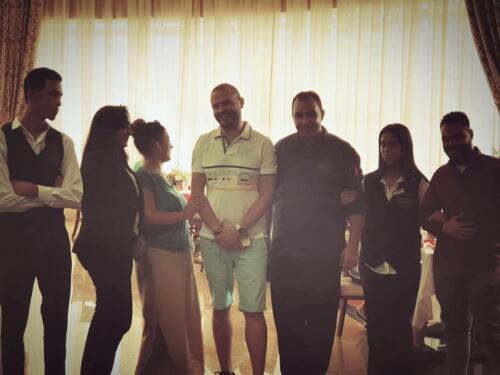 مصطفى النفياوي يحضر افتتاح مطعم جديد
